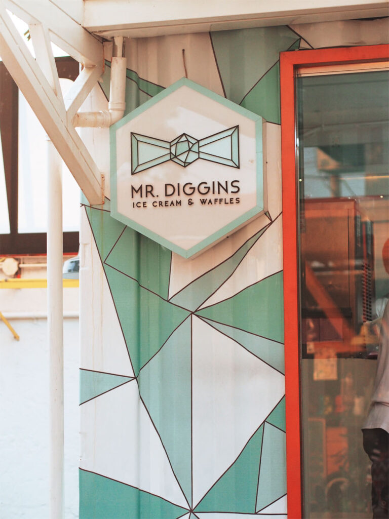 BOX PARK Mr Diggins Ice Cream and Waffles Storefront